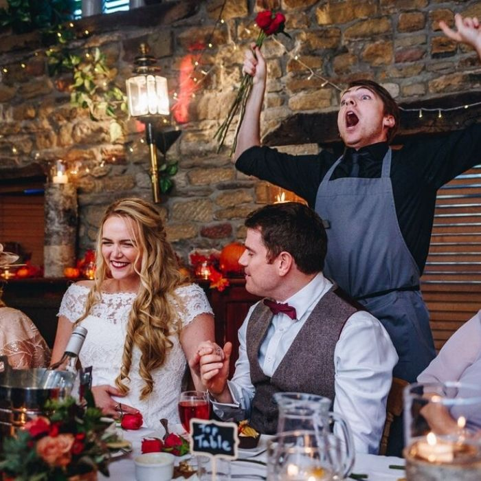 Camerieri folli matrimonio Roma