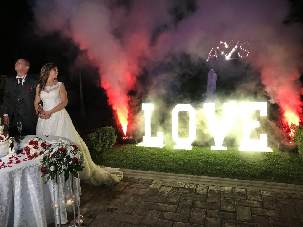 Offerta matrimonio - scritta love luminosa
